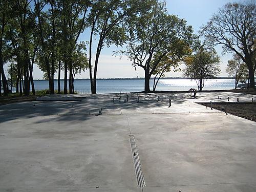 Lake 047
