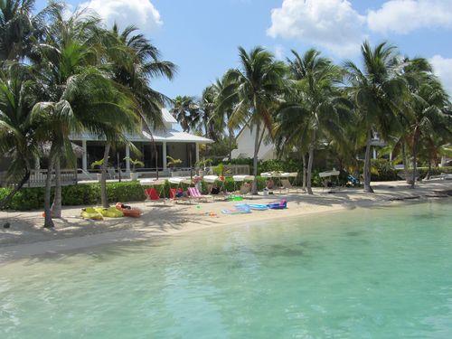 Cayman 038
