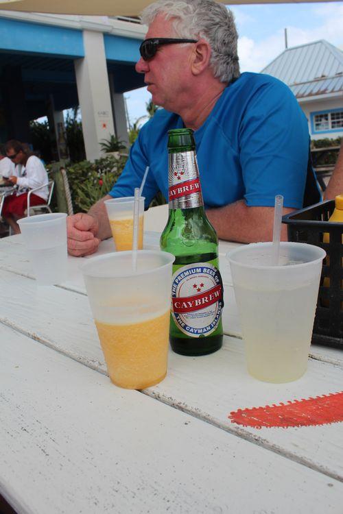 Cayman 384